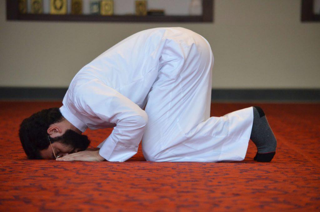 prière - prosternation